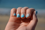 Vacances à la mer - https://decorationgles.wordpress.com/2015/05/01/nail-art-de-vacances/